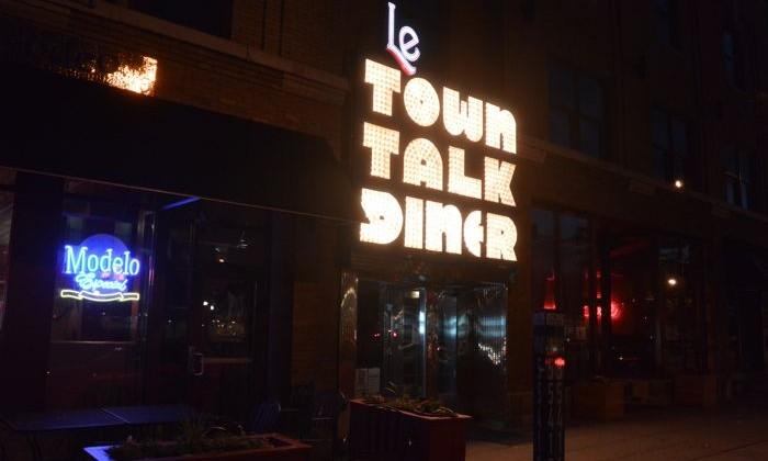 Le Town Talk Bistro