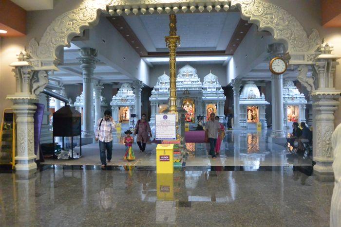 Hindu-temple-interior